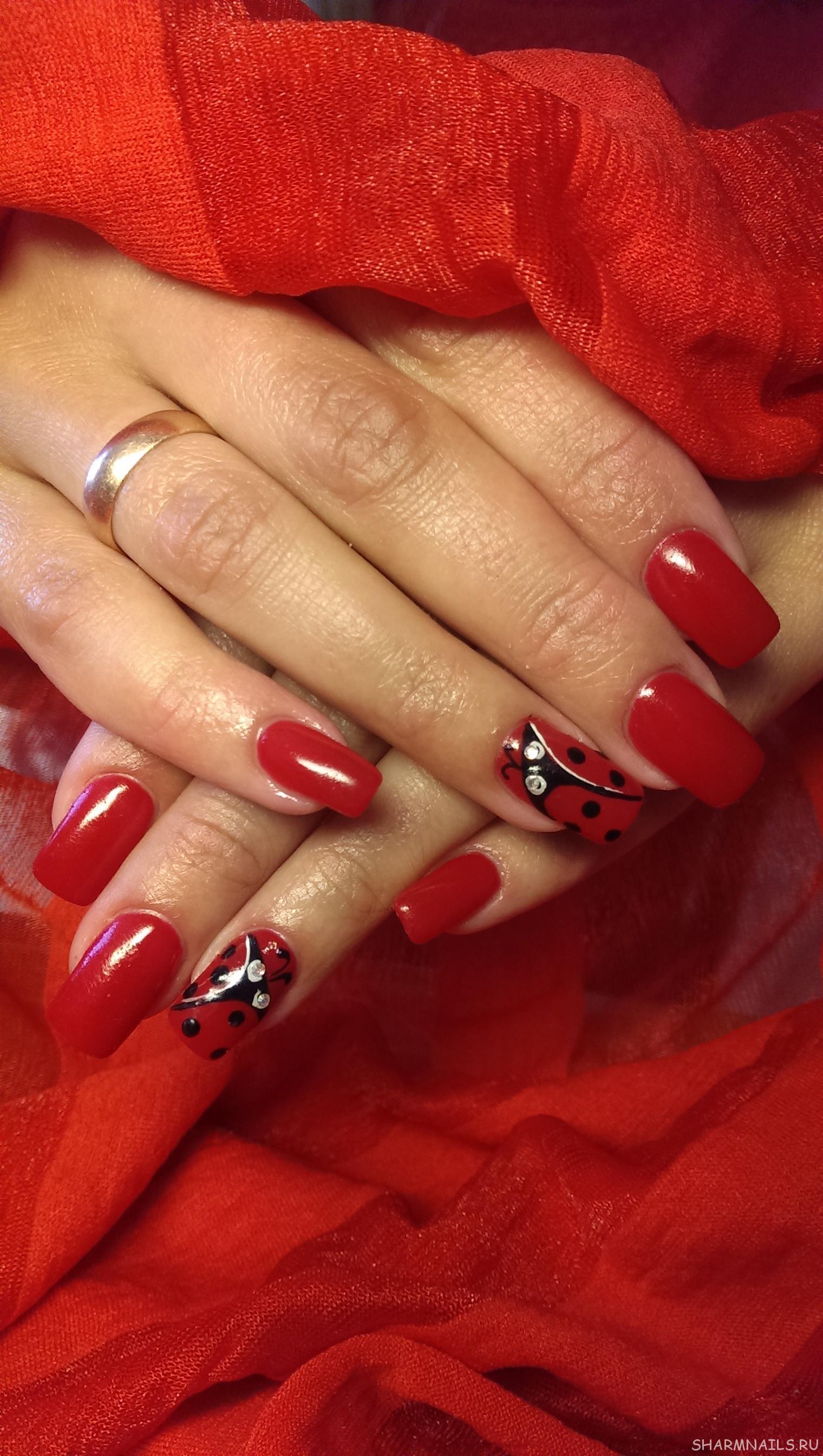 Наращивание ногтей цвет красный фото и